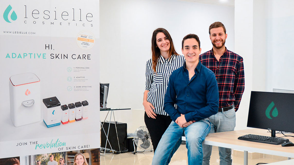 Lesielle: Award-winning personalized cosmetics that adapt to changing skincare needs