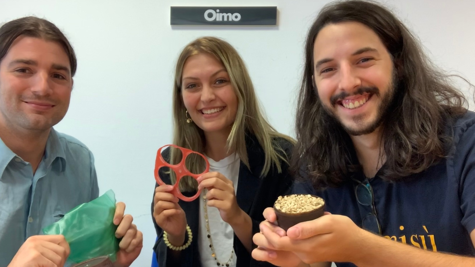 Oimo: Biodegradable marine-based bioplastics for environmentally friendly food packaging